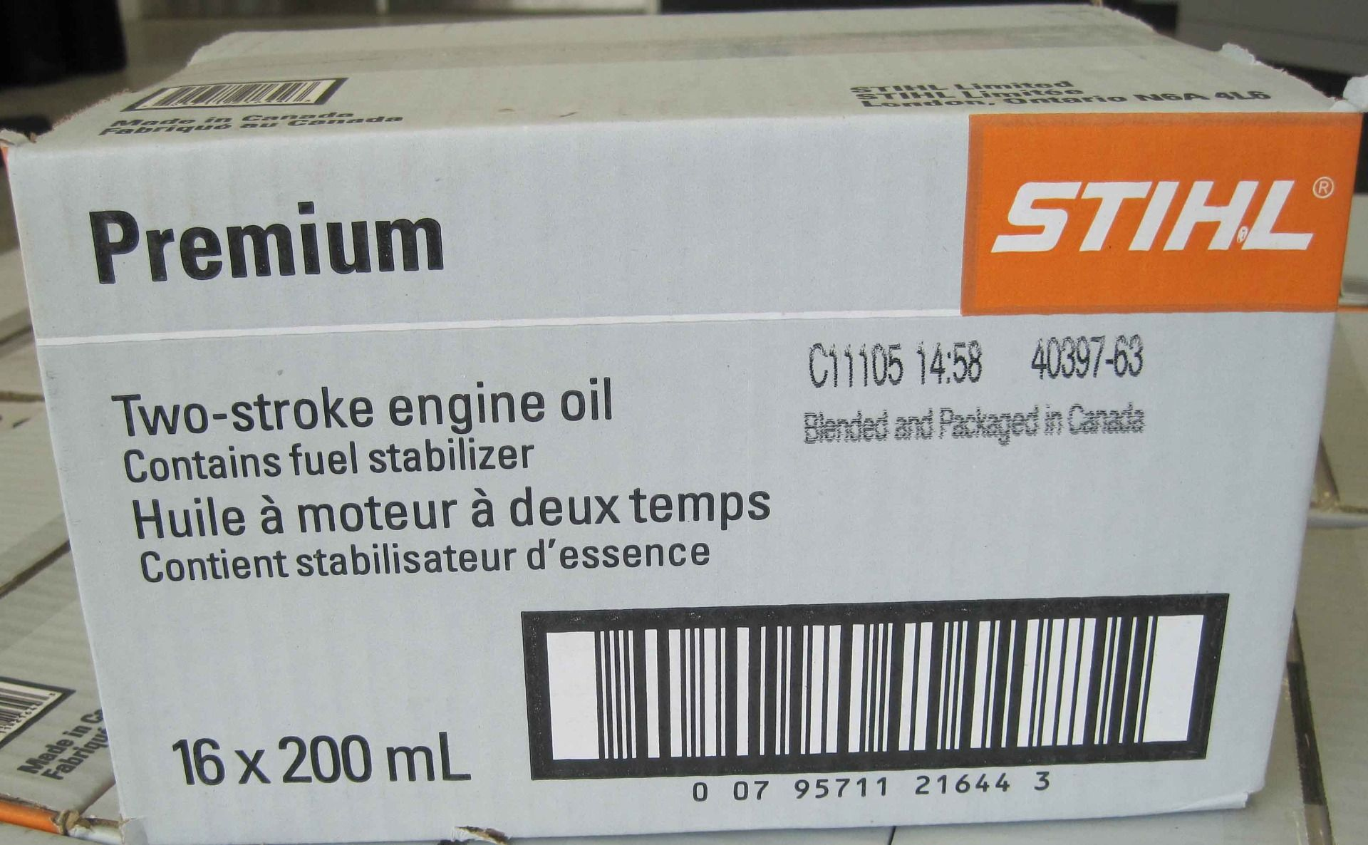 Case of 16x200ml STIHL Engine Oil