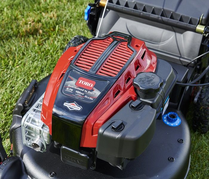 You'll never have to worry about getting bogged down in wet, thick stuff with Toro's powerful 190cc engine. Power through!