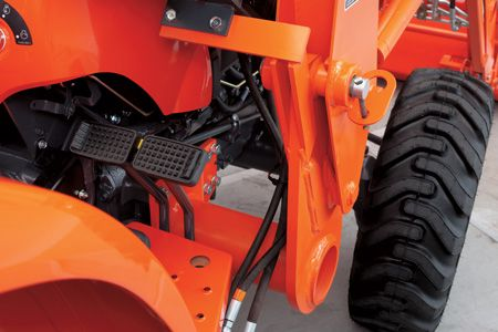 Kubota LA764 L Series Loader
