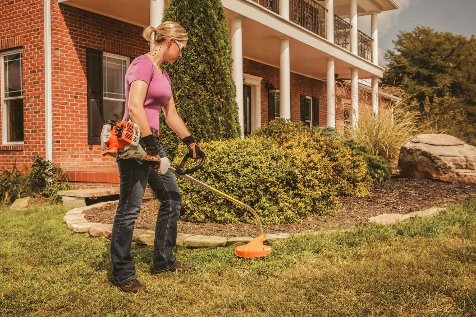 STIHL FS 38 In Action