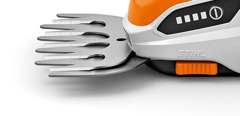 Tool-free blade replacement - The cutting tools can be replaced quickly and without tools.