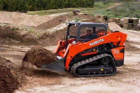 Kubota SVL75-2 at work
