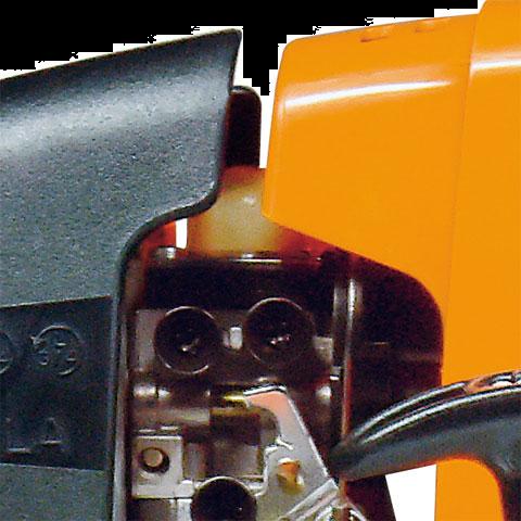 Manual fuel pump purger