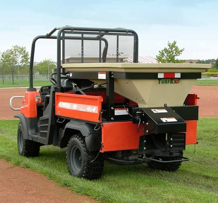The 11 cubic foot capacity MS2000 topdresser is designed to mount in the bed of both utility vehicles and pick-up trucks