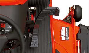 Kubota's reputable HST transmission is easily controlled by a single foot pedal, and produces a smooth and comfortable ride.