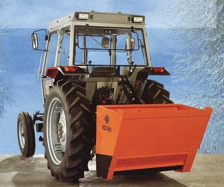 Epoke PSL 6.5 Three-Point Hitch Mounted Sand Spreader