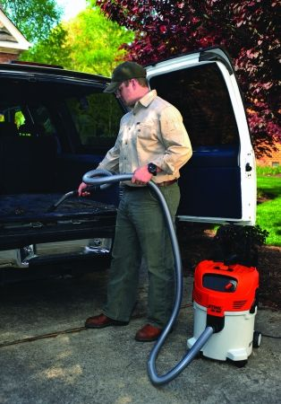 SE 122 Wet/Dry STIHL Vacuum for Professional Use
