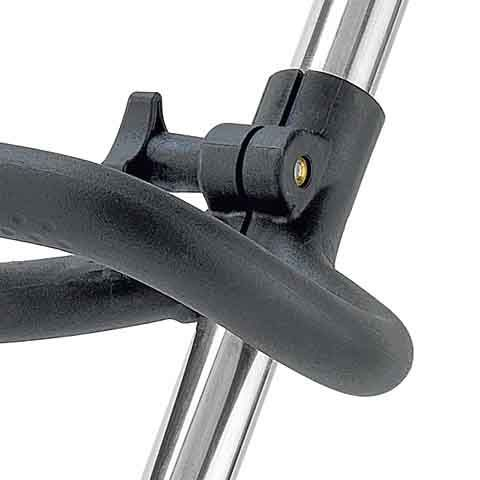 A thumb screw allows the ergonomic loop handle to be easily adjusted to the desired position without tools.