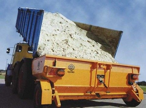 TMK10-275 Towed Road Speed Related Epoke Spreader