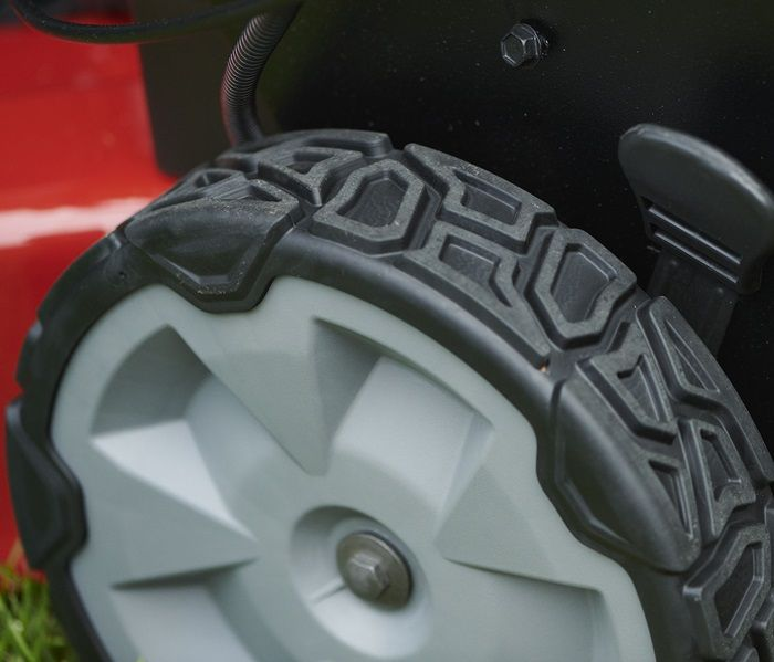 With a tread pattern that adds traction without tearing up your grass, Toro's new wheels give you just enough bite to get up hills and sail through slippery, damp conditions.
