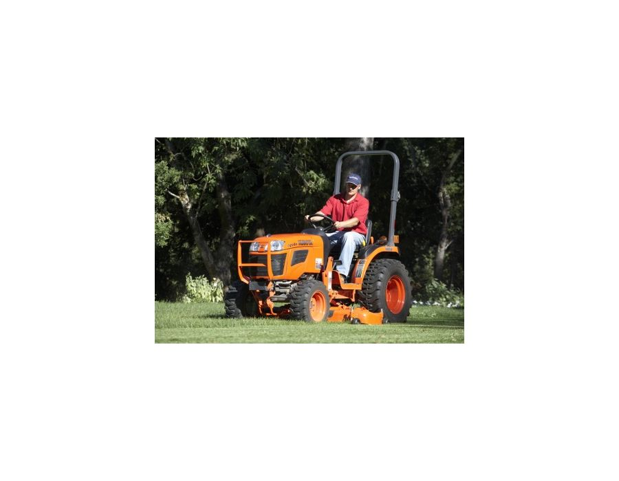 This tractor has it all—more horsepower, a new HST, more transmission speeds to choose from so you can handle your toughest chores with ease.