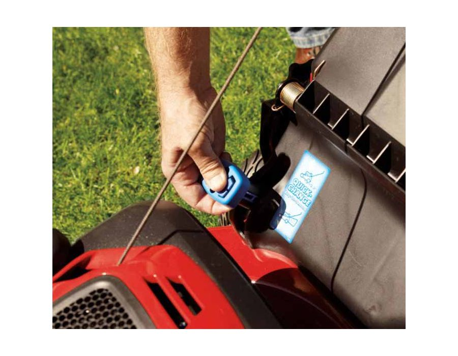Bag on demand -you can switch from mulching to bagging in seconds with a flip of the quick-change lever – and the bag can stay mounted in either mode.