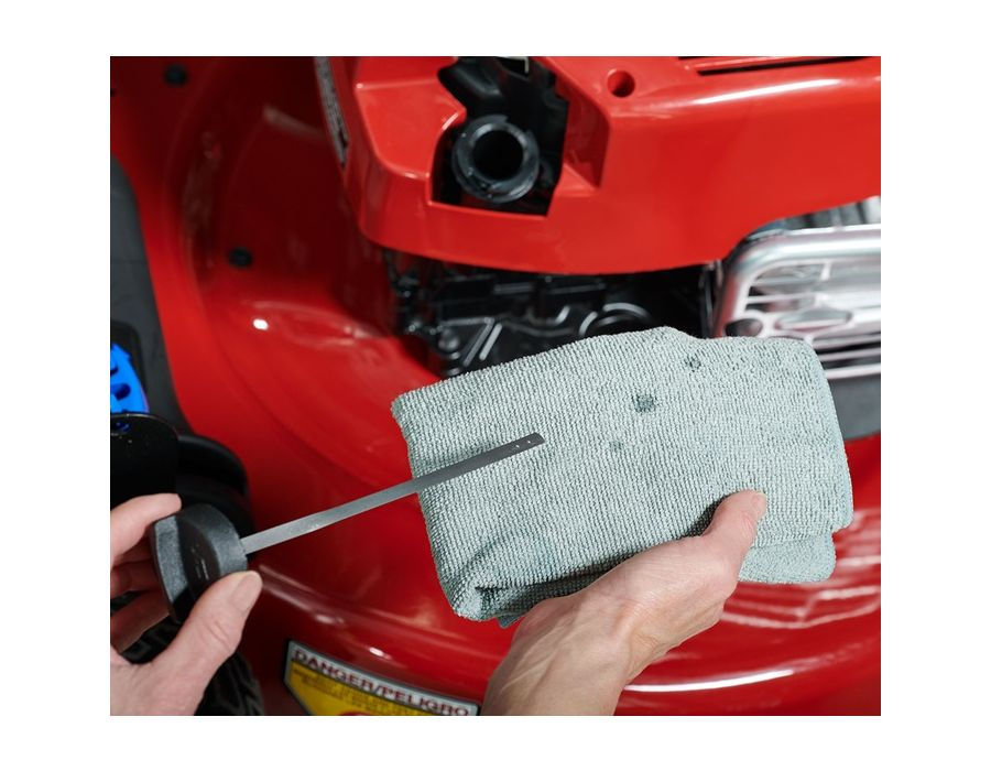 Hassle-Free Maintenance - With a Toro, there's no oil change - ever. Just check the oil and Top it Off.