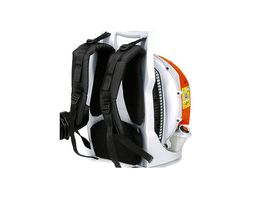 Ergonomic harness evenly distributes the weight between the users shoulders, back, hips and upper thighs