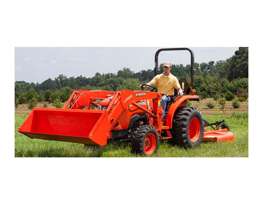 Kubota L2501HST tractor in use