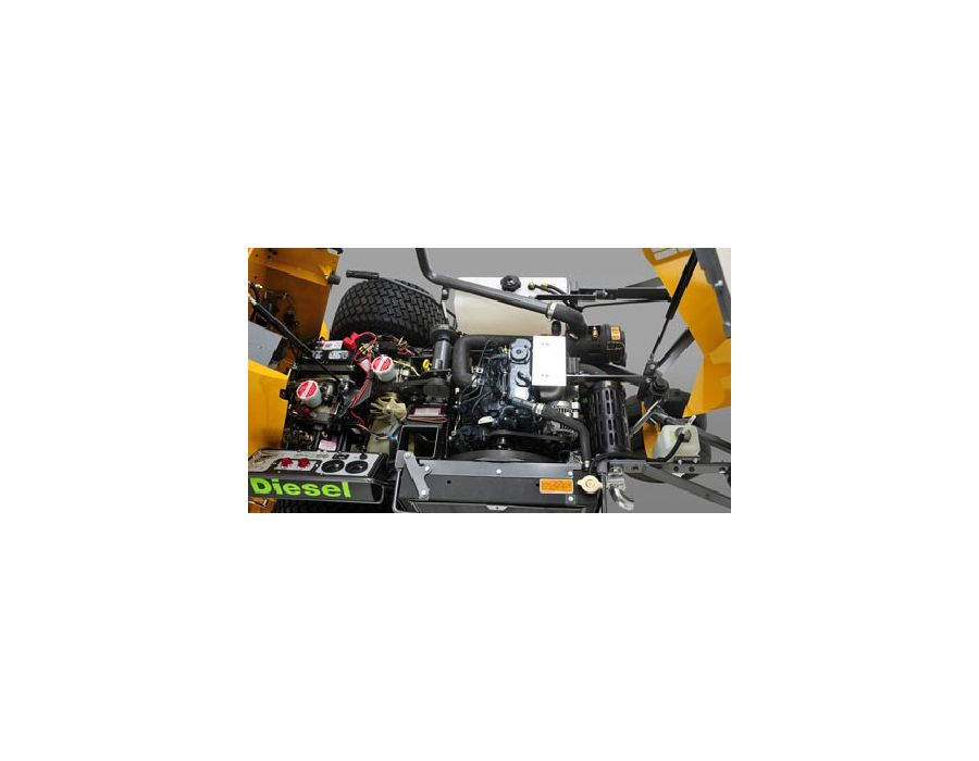 ◦20.9-HP, Kubota three cylinder diesel engine, liquid-cooled