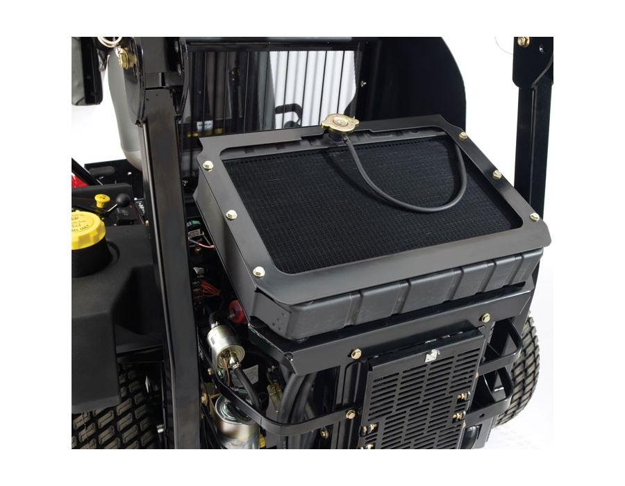 Engine - 25 HP (19 kw) Kubota® Diesel 898cc