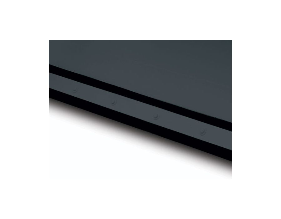 Professional duty premium extruded rubber cutting edges are adjustable and reversible.