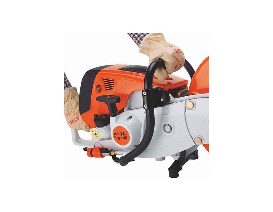 The ElastoStart™ starter handle has an exclusive STIHL comfort starting grip with a built-in shock absorber, making startup smoother and easier on many STIHL products