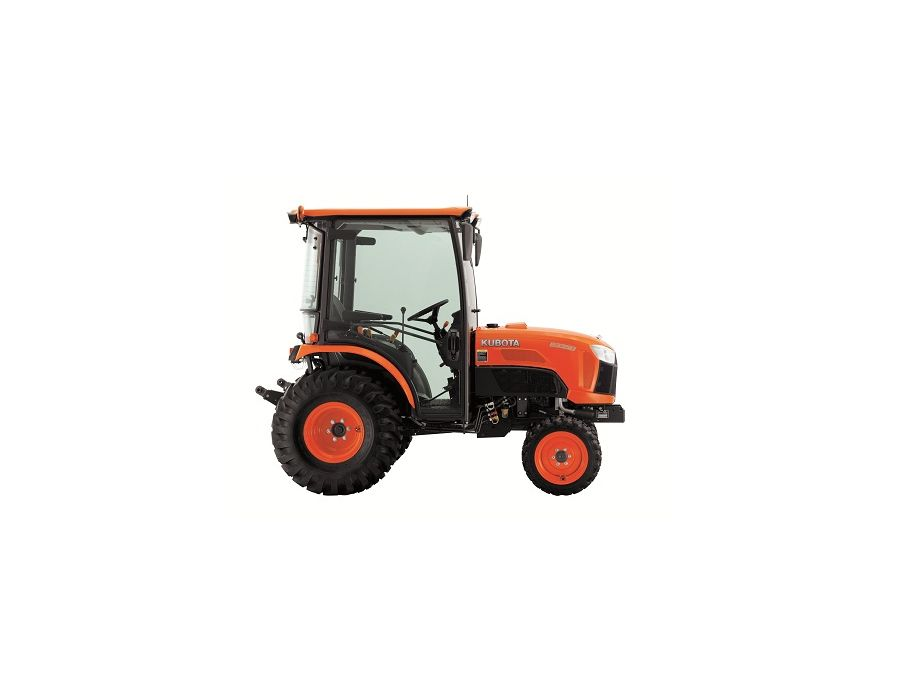 side view of the Kubota B2650HSDC