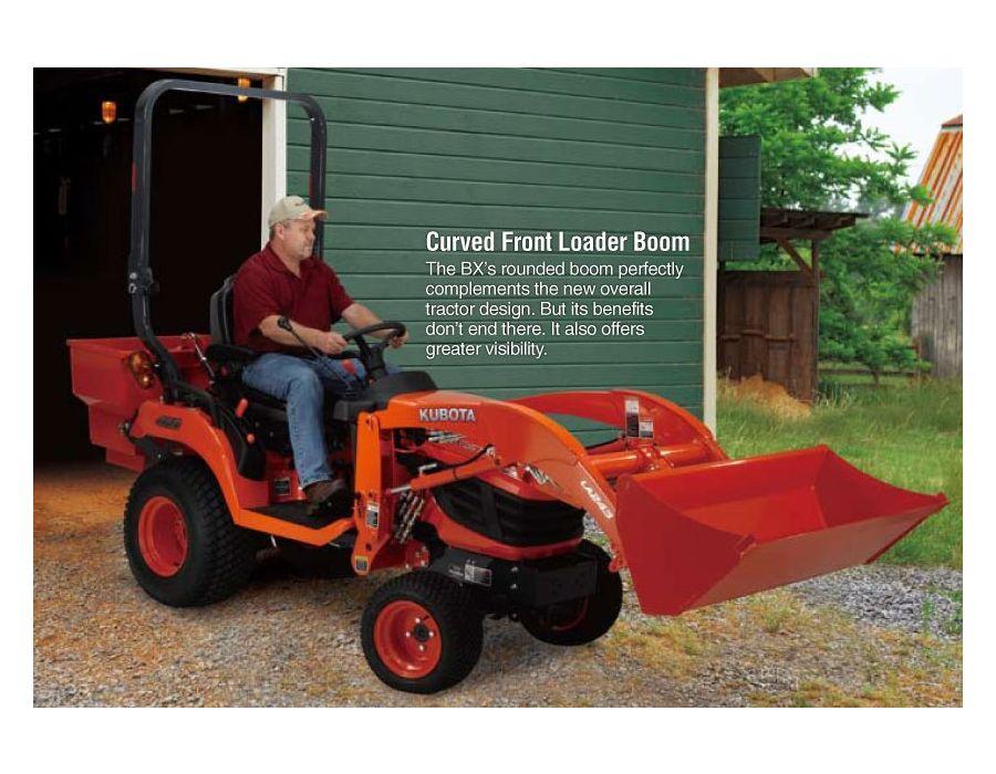 Curved front loader boom