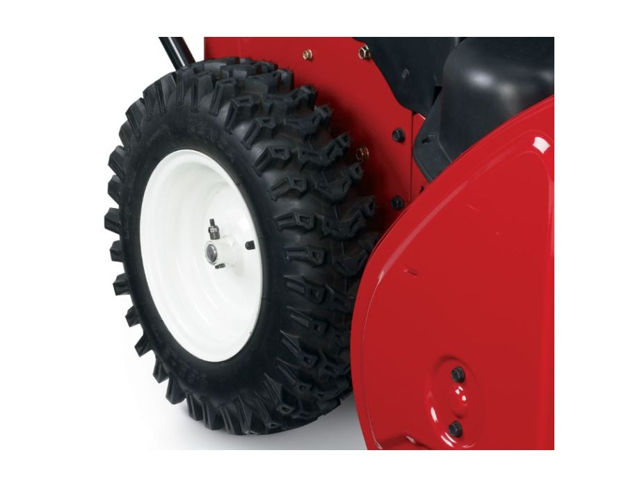 tires aggressively dig down to the sub-surface in deep snow for the best possible traction