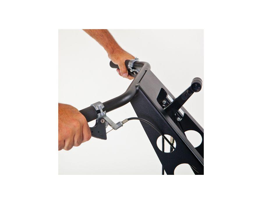 Fingertip access drive controls
