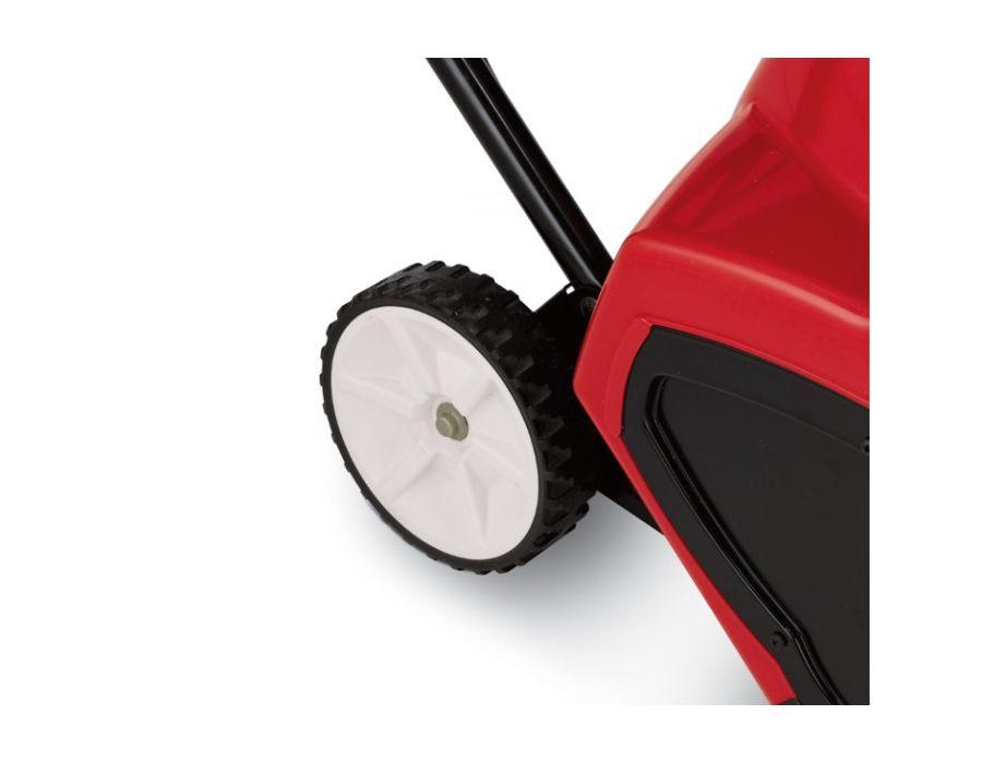 Large 6-inch wheels increase maneuverability.