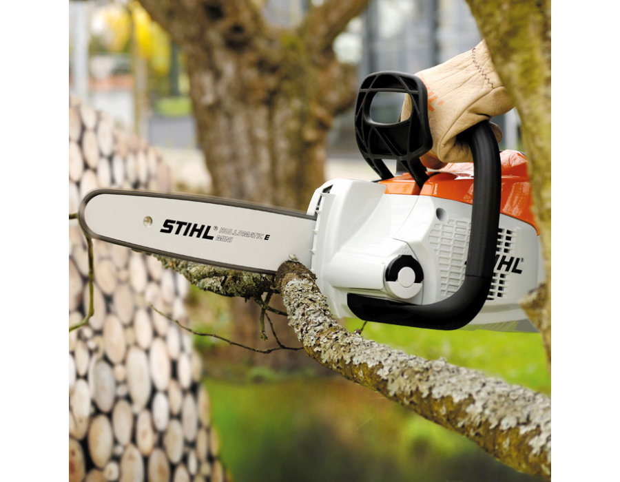 STIHL manufactures its own saw chain for optimal performance and compatibility with your STIHL chain saw.