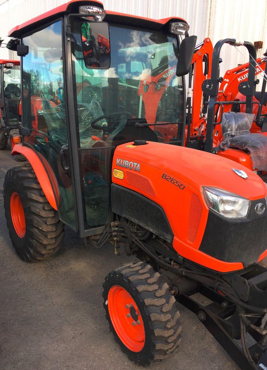 Used 2015 Kubota B2650HSDC Tractor