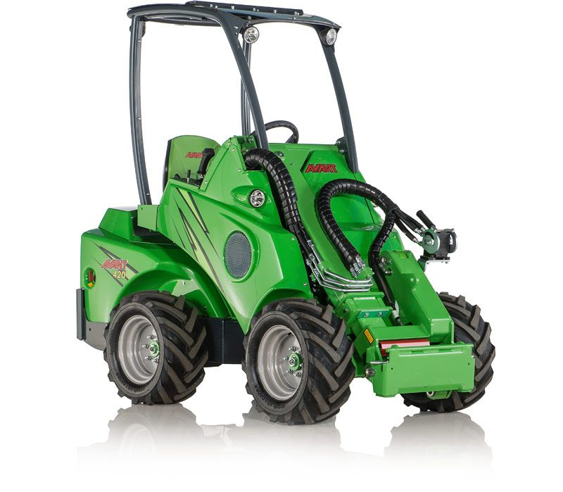 Avant 420 Series Compact Multi Purpose Loader