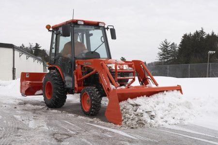 LA403 Kubota B Series Loader