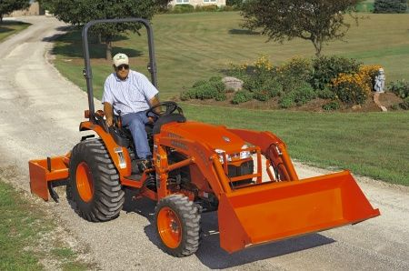 LA504 Kubota B Series Loader