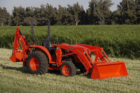 LA524 Kubota L Series Loader