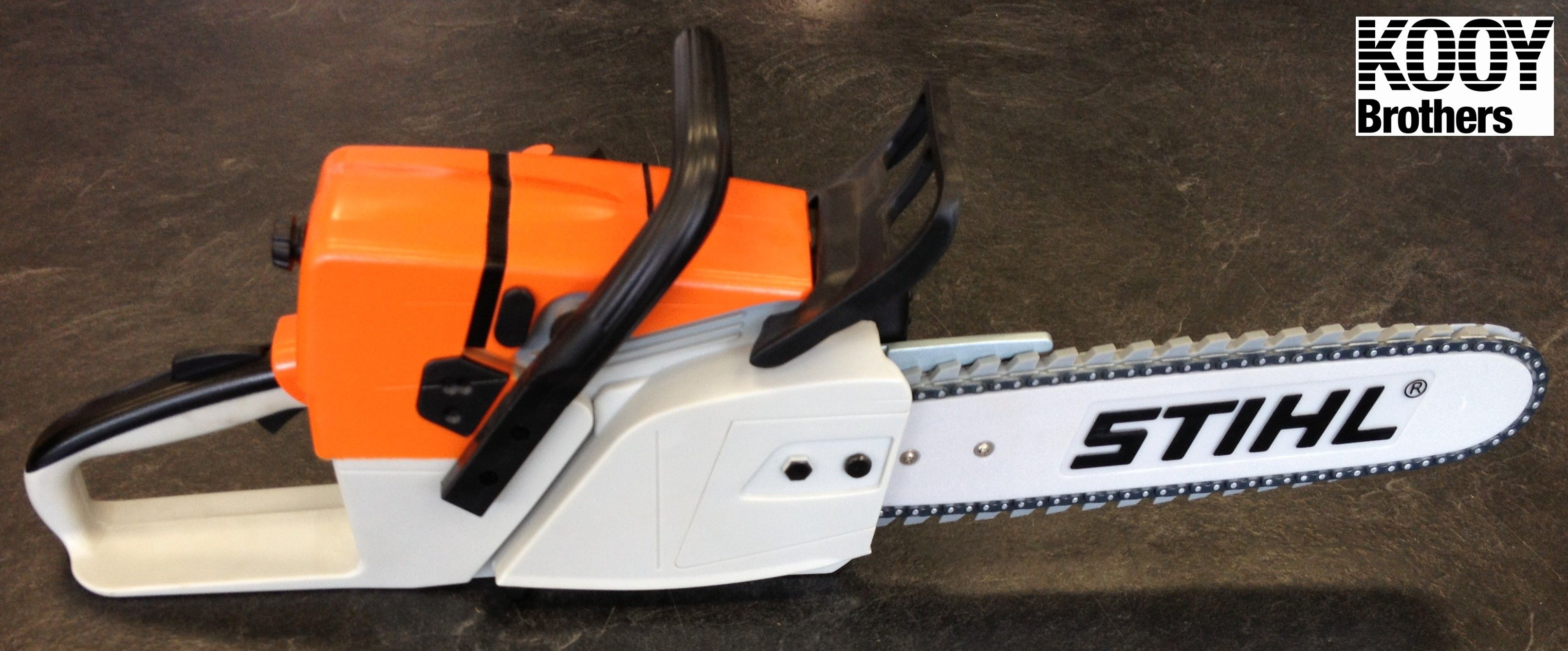 STIHL toy chainsaw model 04649340000