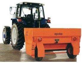 SKE 20 Epoke 2.16 cu.yd capacity towed Spreader