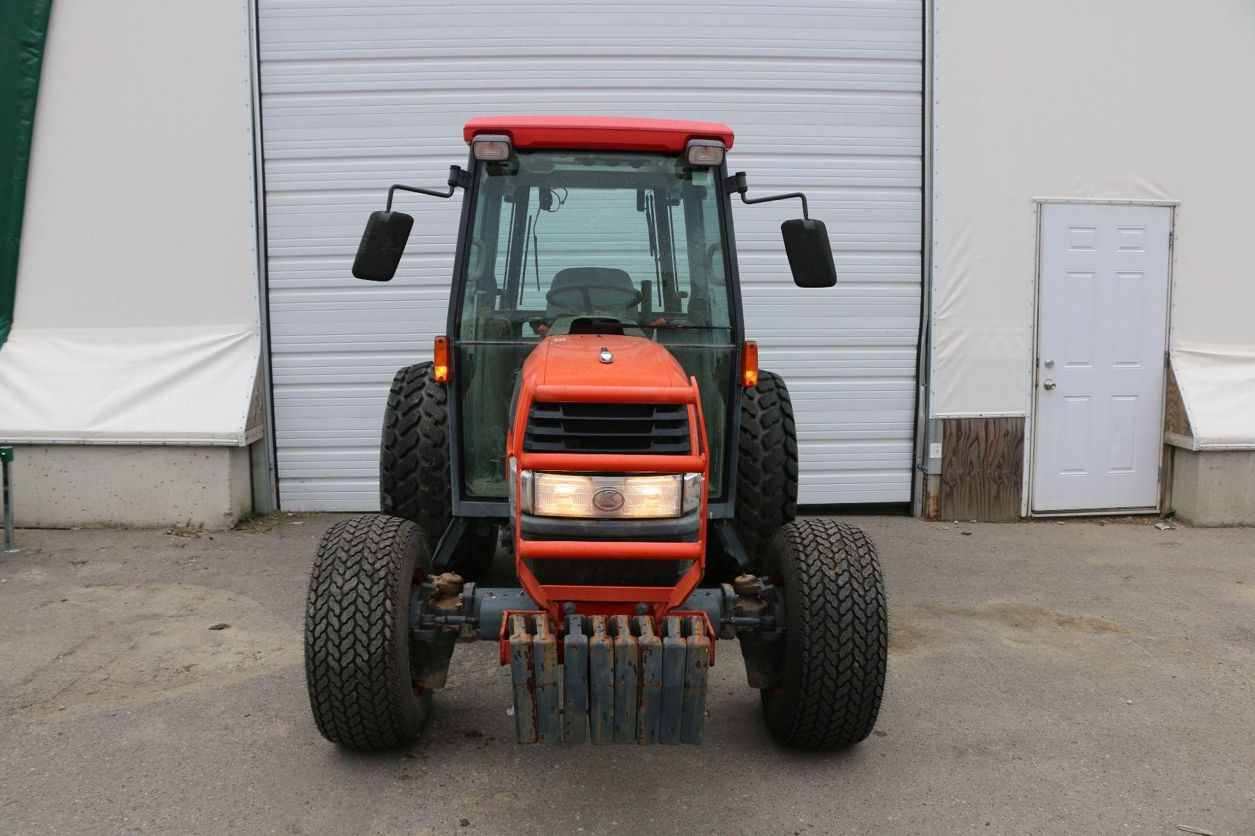 Used 2015 Kubota Tractor Model B2650HSDC