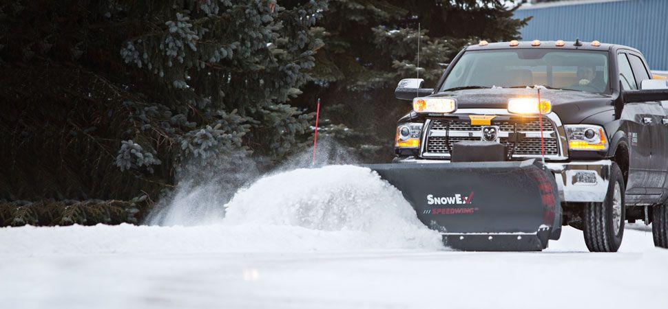 SnowEx Speedwing 8 foot 6 inch snowplow 8600