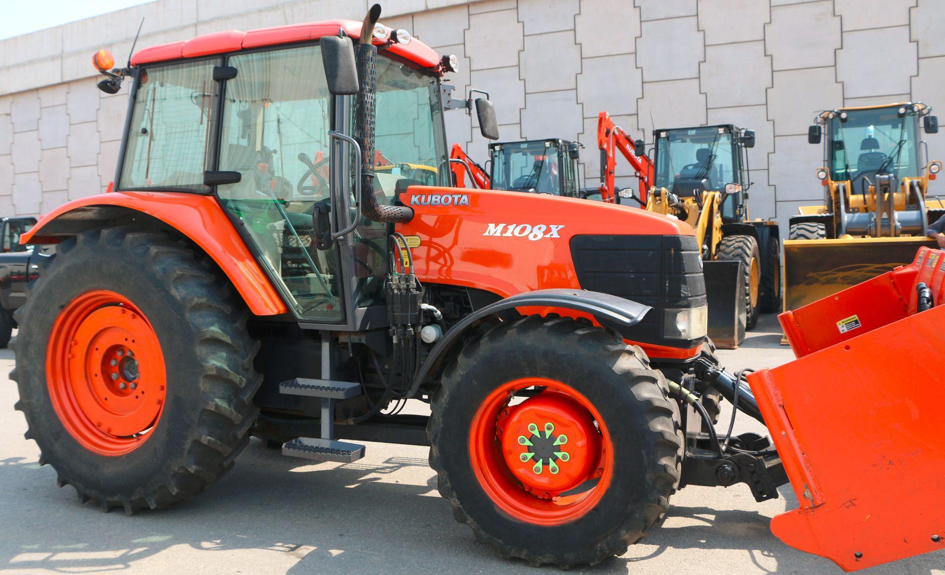 Used 2008 Kubota M108XDTC