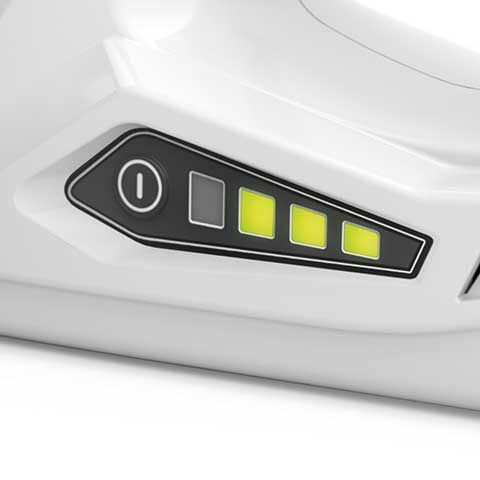 Integrated battery - The unit comes with an integrated lithium-ion battery with charge level indicator.