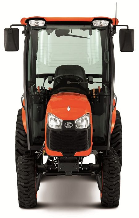 front view of Kubota B2650HSDC tractor