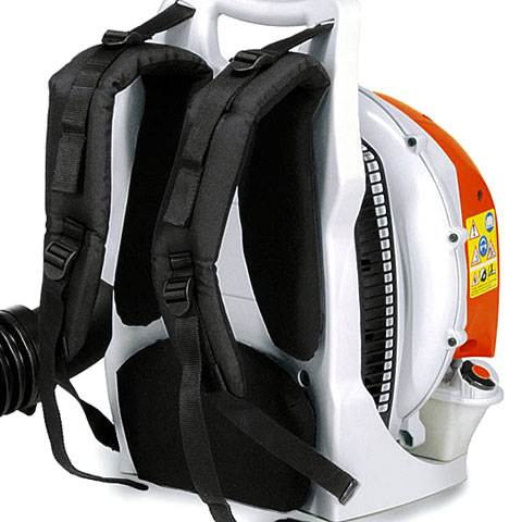Ergonomic harness evenly distributes the weight between the user's shoulders, back, hips and upper thighs
