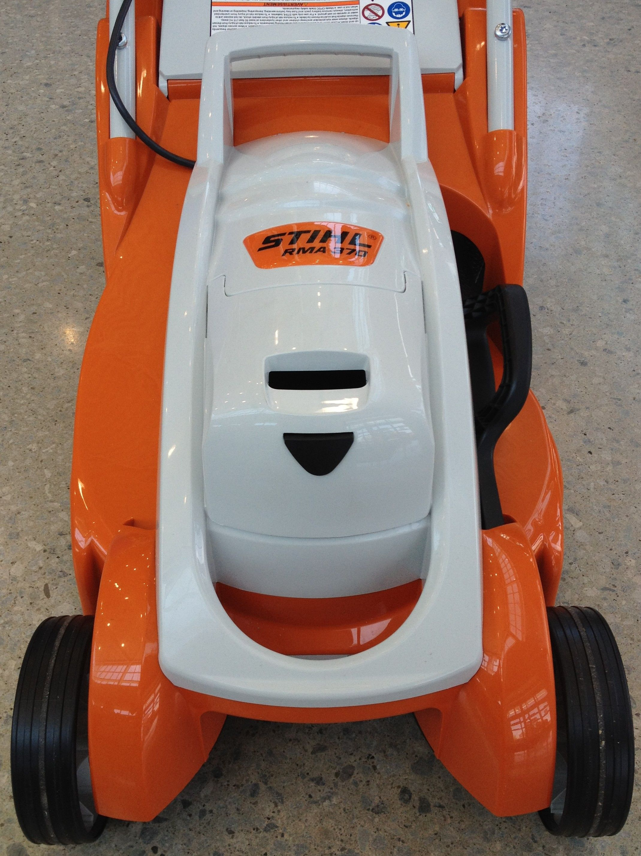 front view of RMA 370 STIHL lithium ion powered walk-behind mower