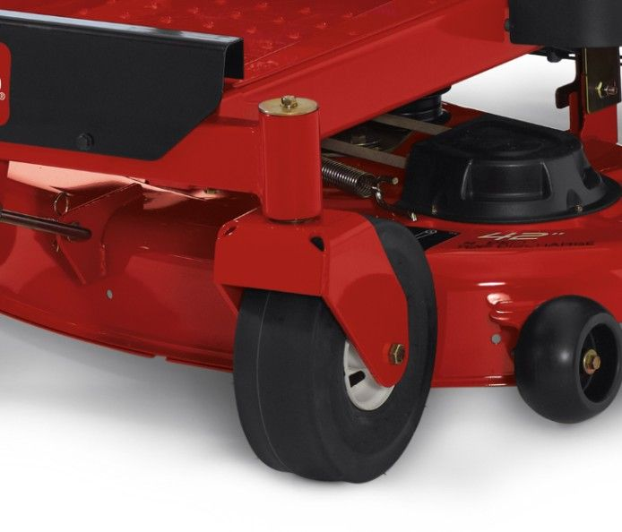 The unibody steel frame provides the optimal balance in rigidity and flexibility for quick, highly maneuverable mowing conditions.