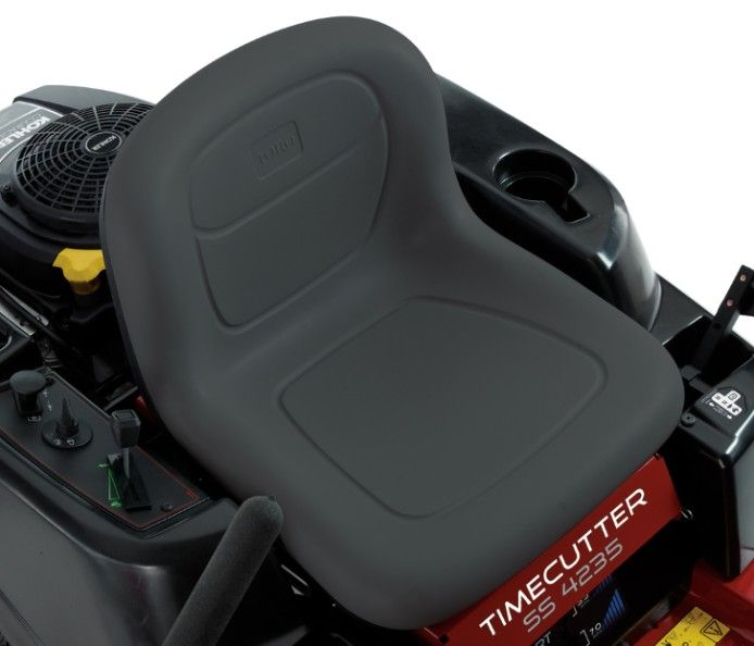 (38.1 cm) high back seat offers premium support during longer mowing sessions.