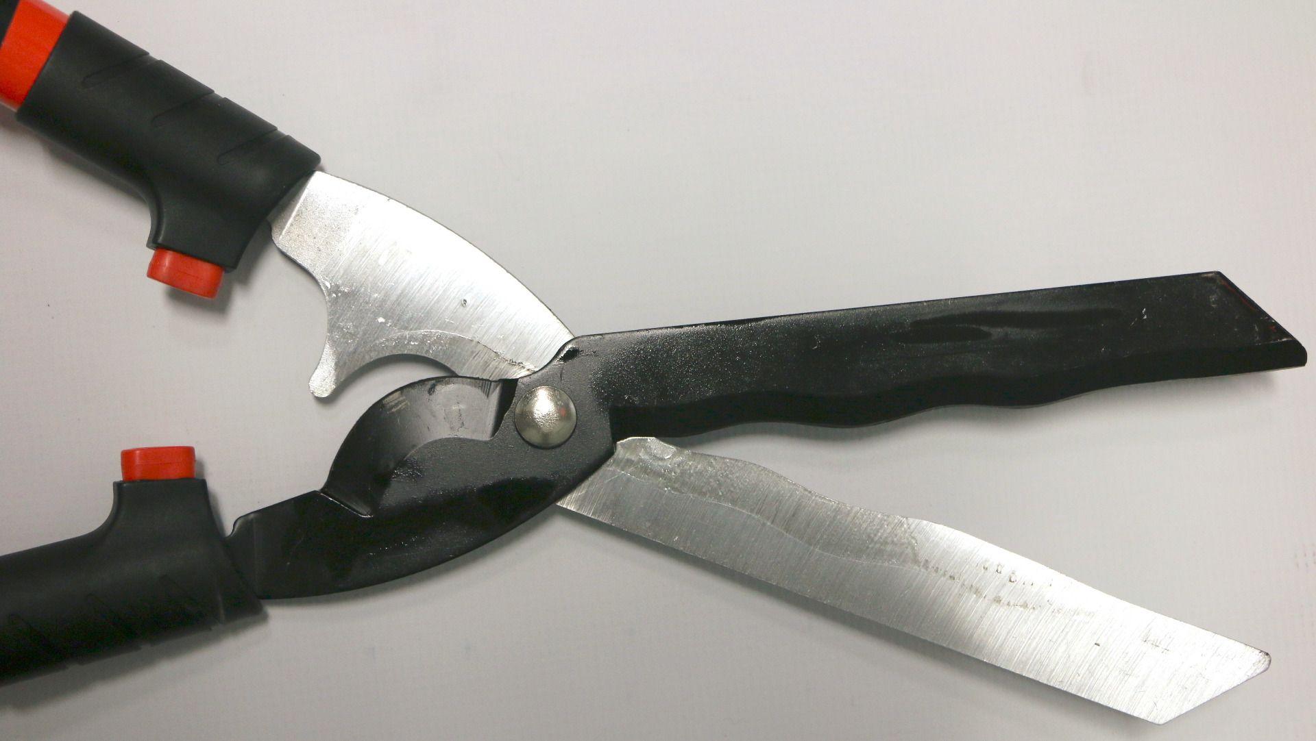 "ECHO Hedge Shears. 9"" blades"