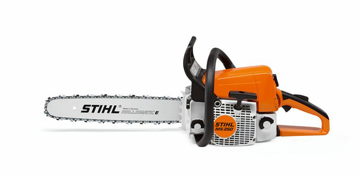 STIHL MS 250 left side view