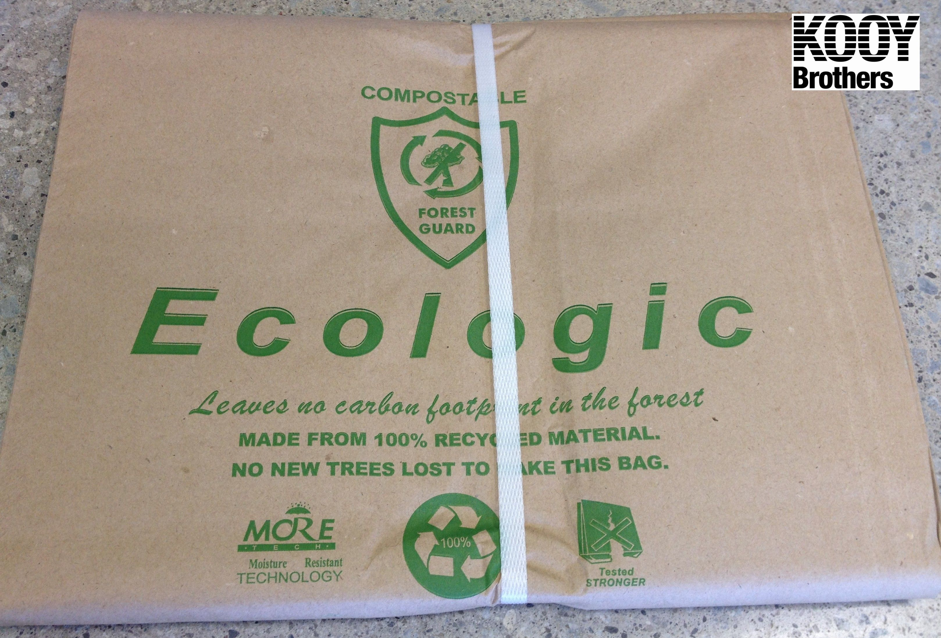 Front side of paper yard waste bags BUNDLE OF 5