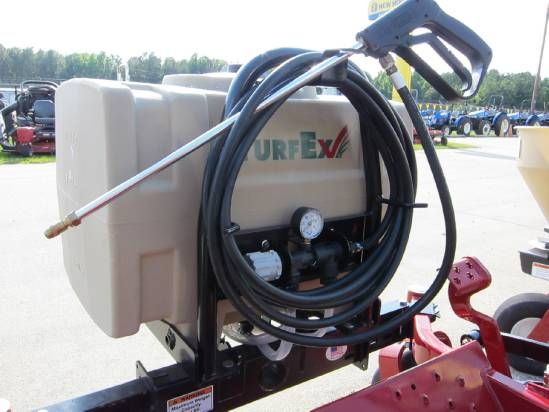It can also be customized with either a front-mounted boom or the boomless spray head with a single nozzle to spray up to a 15-foot wide pattern.