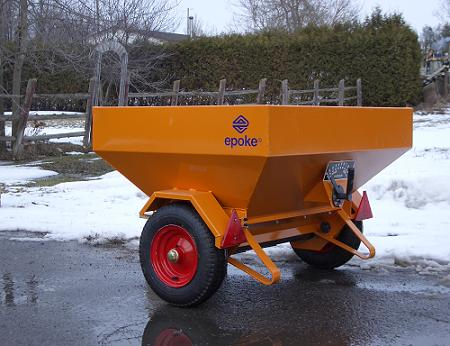 ITM 35 Tow-behind Epoke Spreader